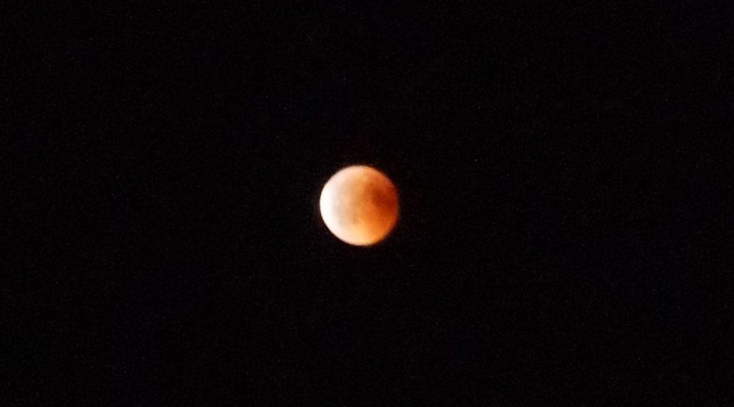 Helt på månen